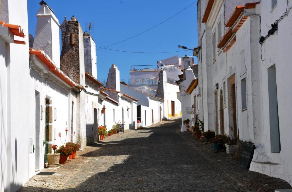 Evoramonte street
