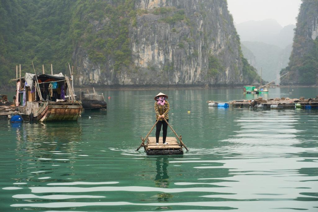 Local life in Ha Long Bay