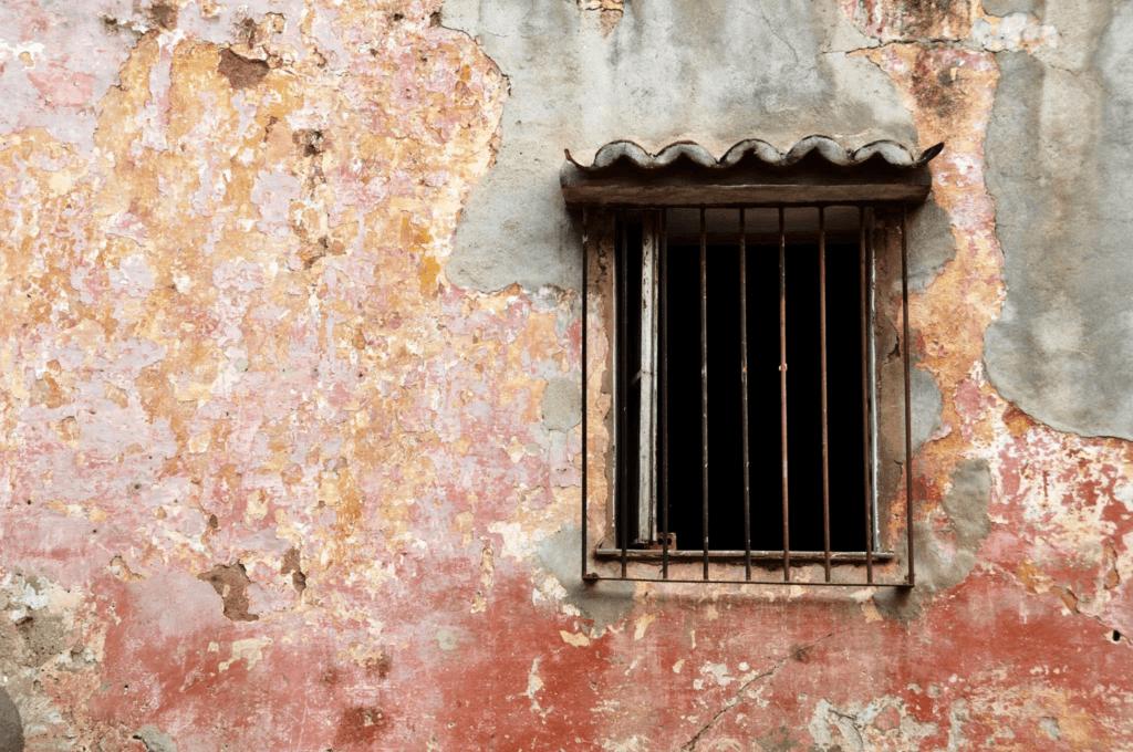 Cuban window