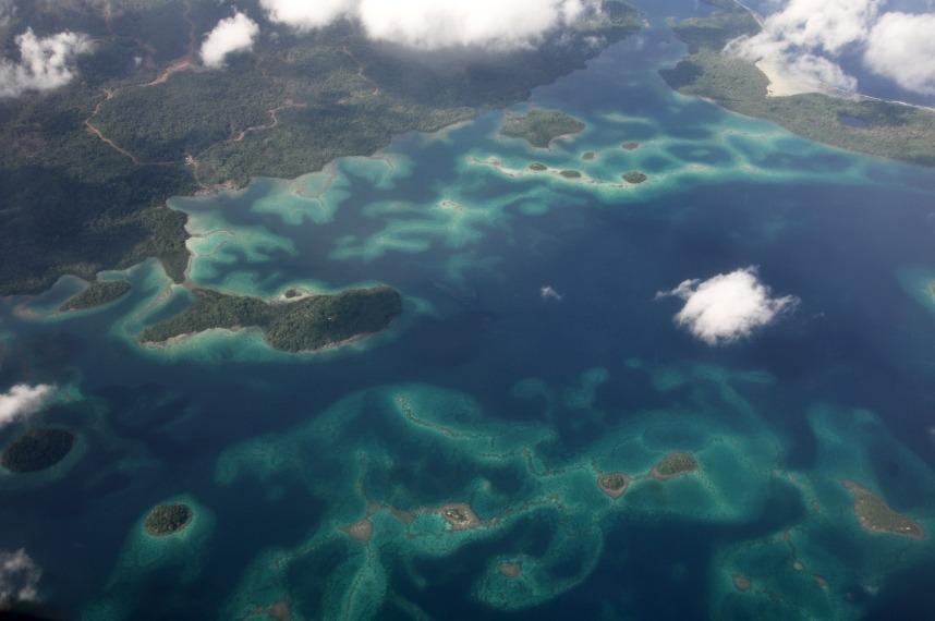 Solomon Islands - Marovo Lagoon from the plane